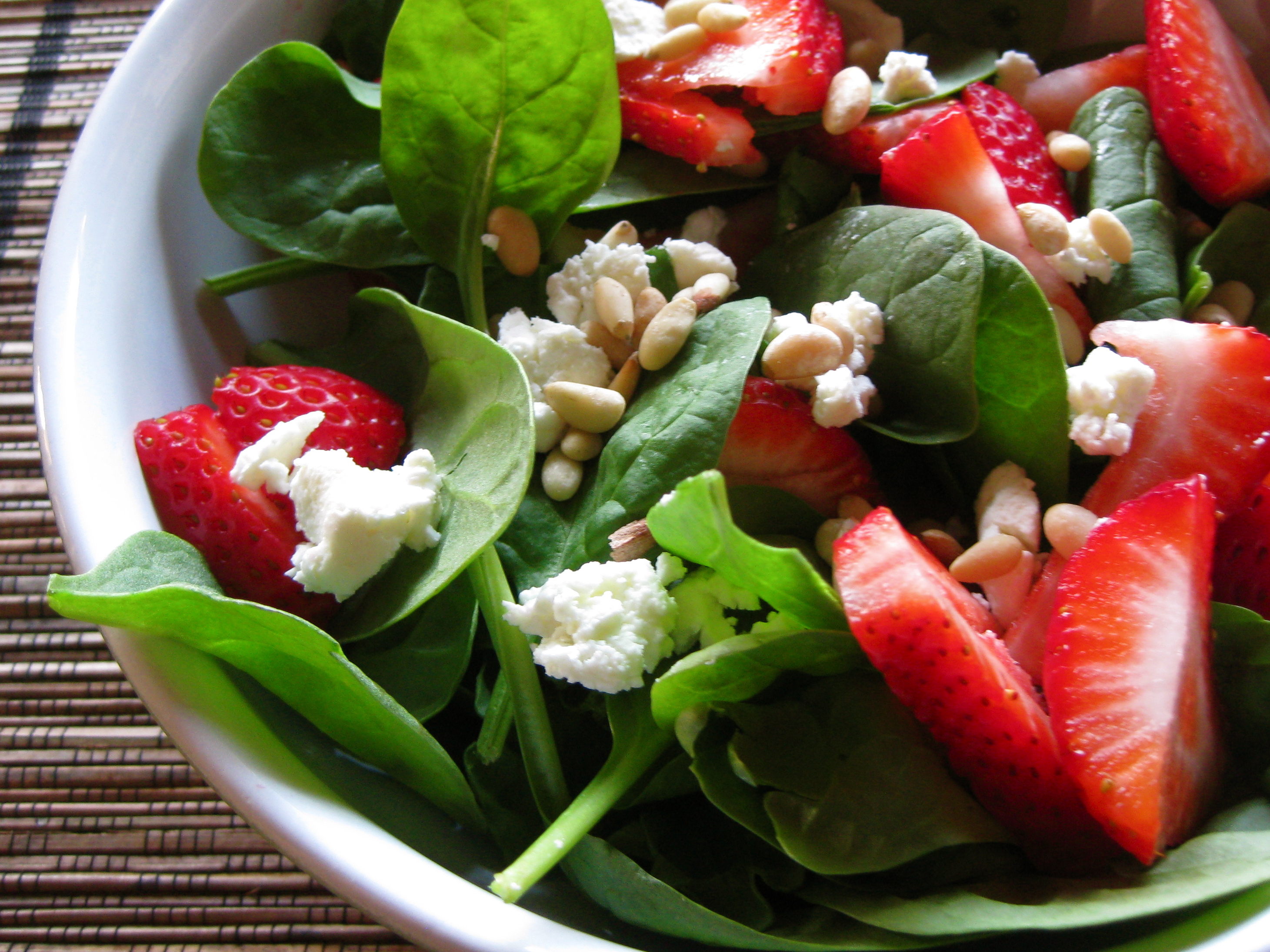 Strawberry Spinach Salad and a Blog Award | spontaneous tomato