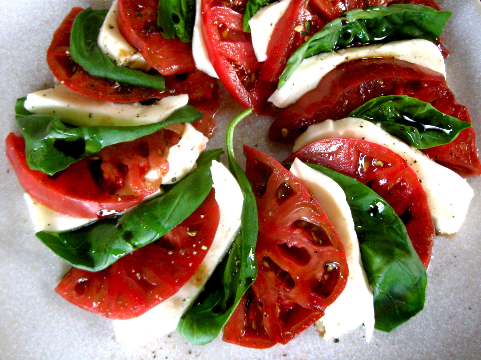 Heirloom Tomato Caprese Salad | spontaneous tomato