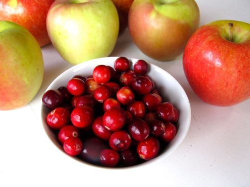 Cranberries and Apples for Skillet Cranberry Apple Crisp (Gluten-Free)
