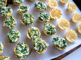 Making Spinach Cheese Mini Quiches in Phyllo Dough Cups