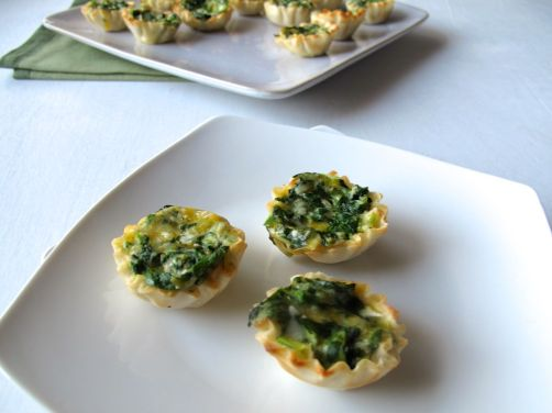 Spinach Cheese Mini Quiches in Phyllo Dough Cups