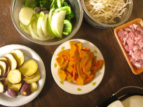 Onions, Japanese sweet potato, Japanese kabocha pumpkin, bean sprouts, and chicken for yaki-niku