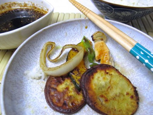 Yaki-tori-niku (Japanese Barbeque Chicken) with Grilled Vegetables