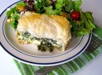 Spanakopita with Kale (Kale-akopita)