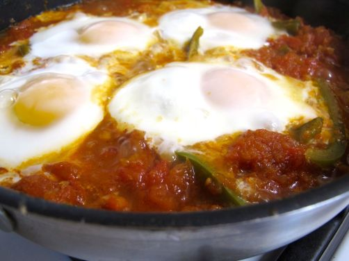 Parsi Tomato-Poached Eggs (with green bell pepper), like Shakshouka