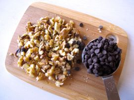 Walnuts and Chocolate Chips for Banana Biscoff Muffins