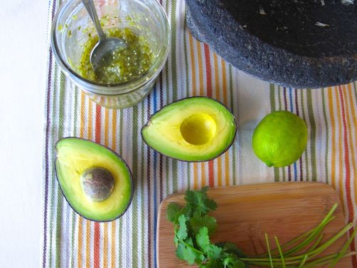 Ingredients for Roasted Tomatillo Guacamole