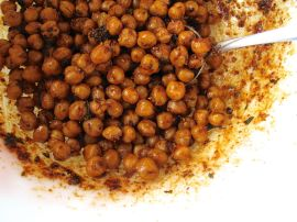 Making Za'atar Roasted Chickpeas