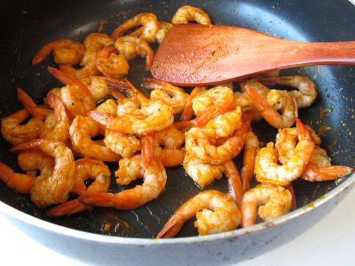 Making Paprika Gambas al Ajillo - Garlic Shrimp Tapas