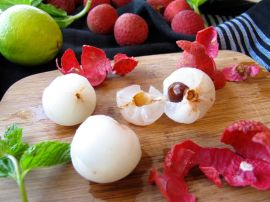Lychees, limes, and mint