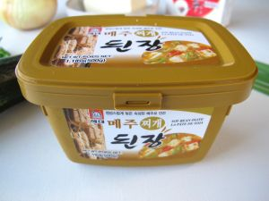 Doenjang, Korean fermented soybean paste for Doenjang Jjigae
