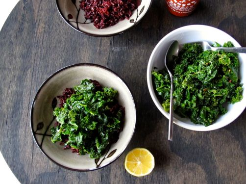 Making Kale & Fried Eggs over Black Rice
