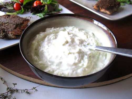 Tzatziki Yogurt Sauce with Garlic and Cucumber