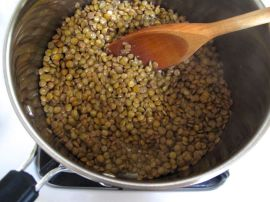 Cooking lentils for Lemony Lentil Spinach Soup