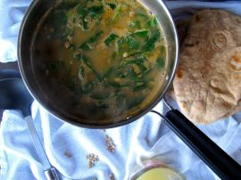 Making Lemony Lentil Spinach Soup with Pita Bread