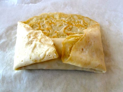 How to fold blintzes