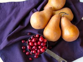 Bosc pears and cranberries for Pear Cranberry Crisp with cardamom