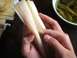 Making Cinnamon Apple Tamales: How to fold a tamale