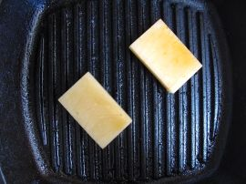 Making Yakimochi (grilled mochi rice cakes)