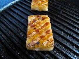 Yakimochi (grilled mochi rice cakes)