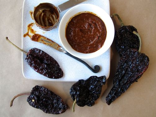 Mole Poblano Sauce for Mole Chocolate Chip Cookies