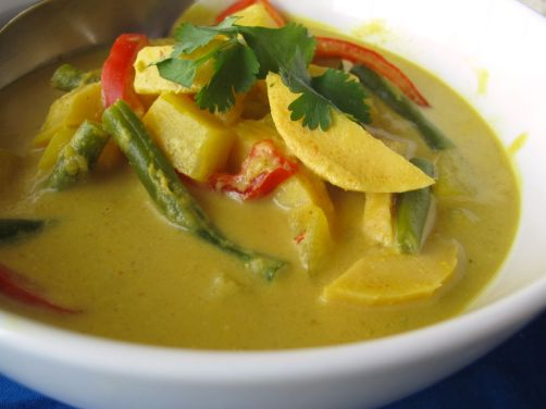 Easy Thai Yellow Curry with Peanut Butter