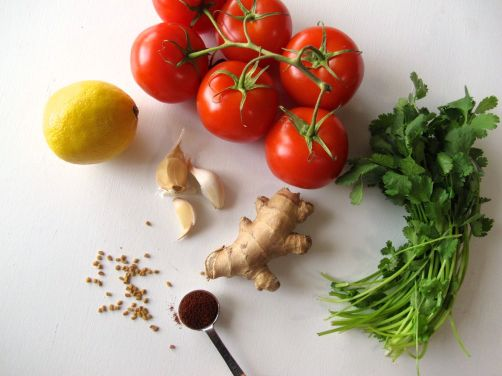 Ingredients for Tomato Cilantro Chutney to serve with Nepali Momos