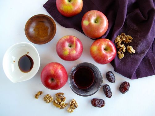 Ingredients for Charoset - apples, walnuts, date, wine, pomegranate molasses, cinnamon