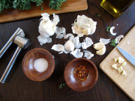 Ingredients for Garlic-infused Olive Oil