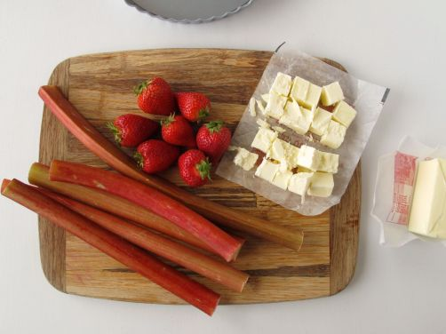 Making Brown Butter Strawberry Rhubarb Tart