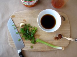Ingredients for the kimchi-jeon dipping sauce