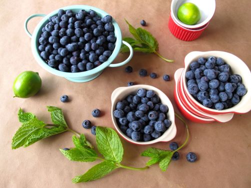 Mint-Lime Blueberry Crisp