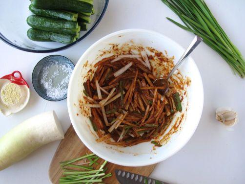 Kimchi spice mixture for Cucumber Kimchi (Oi Sobagi)