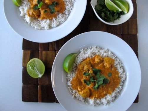 Easy Indian Chicken Curry with tomatoes and coconut milk
