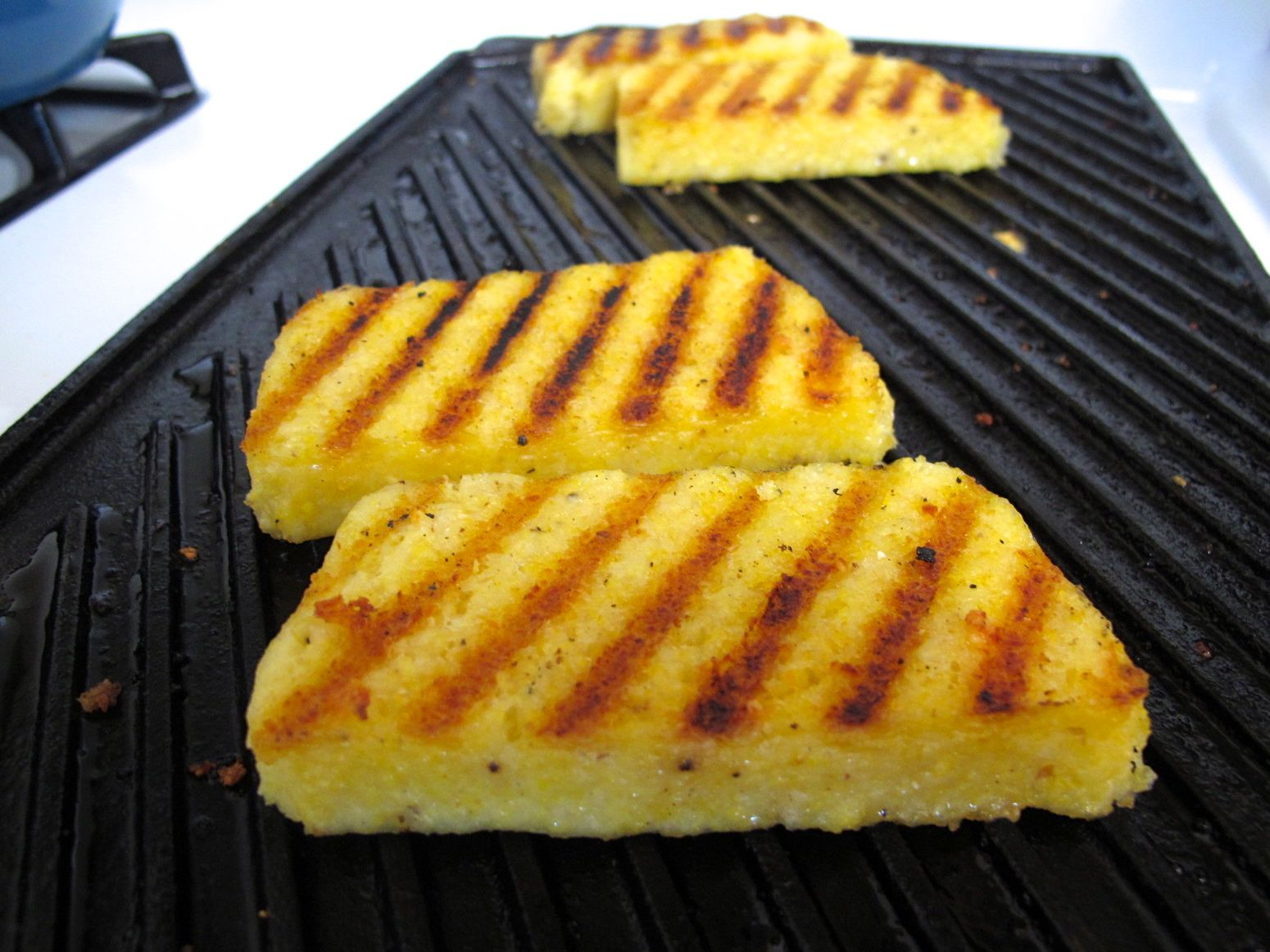 pan grilled chive polenta they re polenta cut into grilled polenta ...