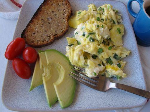 Scallion Cream Cheese Scrambled Eggs (SCC)