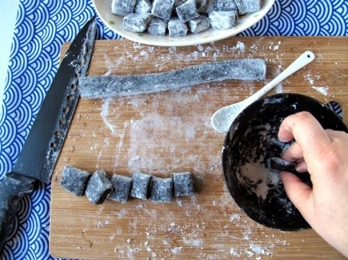 Making Black Sesame Mochi Dango
