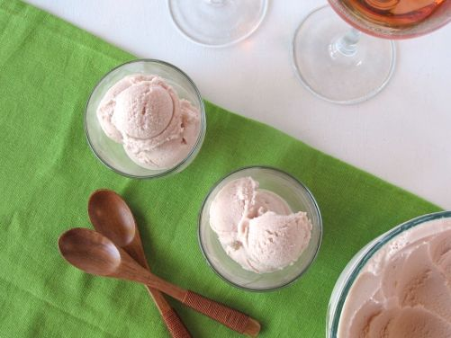 Pomegranate Rose Wine Frozen Yogurt